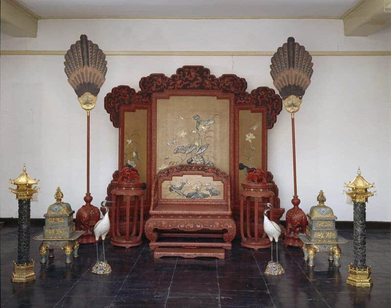 Throne Set 0-0115711-201382917324