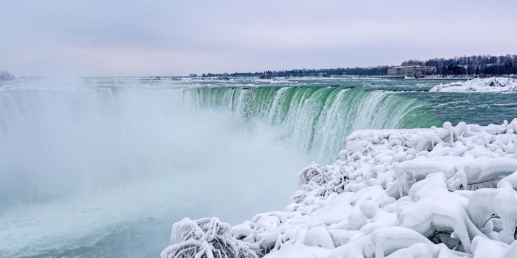 Niagara Falls in Winter: How to Visit This Frozen Waterfall in the