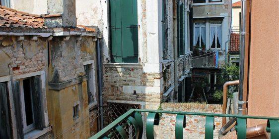 Warm Hospitality Apartments in Venice Italy