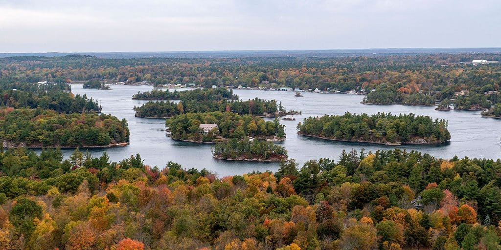 Hiking the Thousand Islands National Park in the Fall