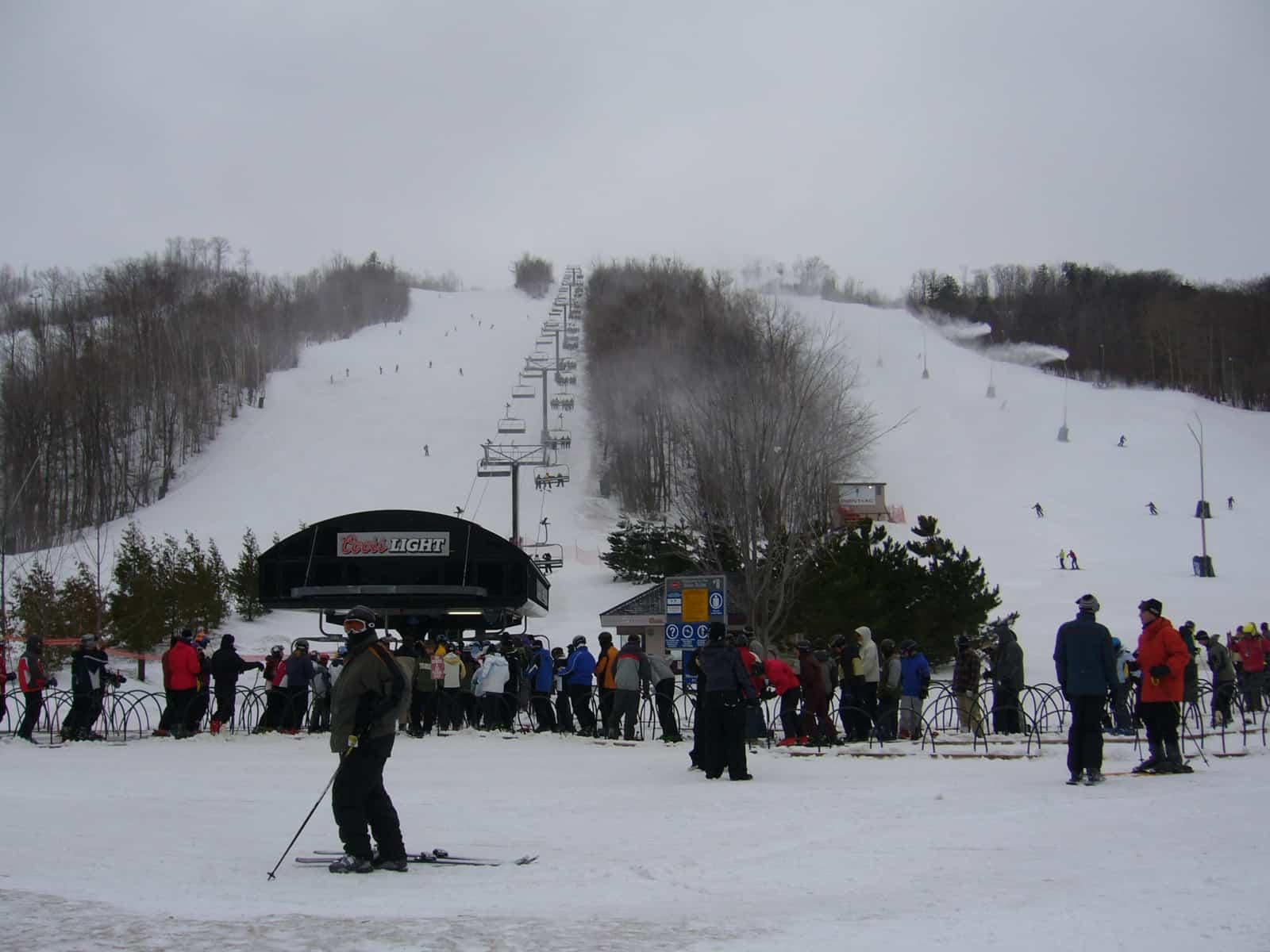 top 5 places to ski in ontario, canada - justin plus lauren